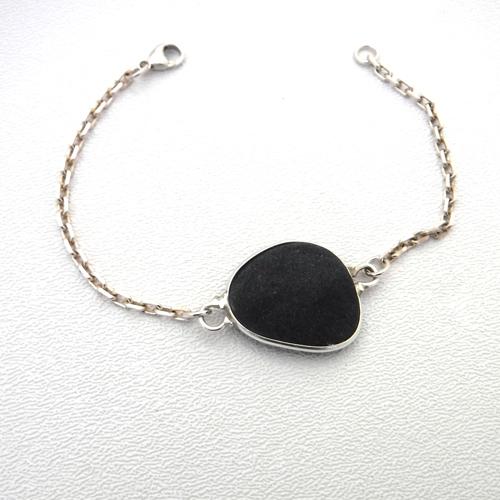 black sea glass bracelet 1