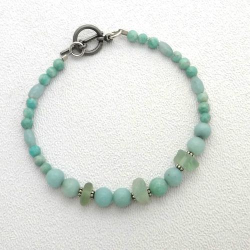 beaded bracelet 1
