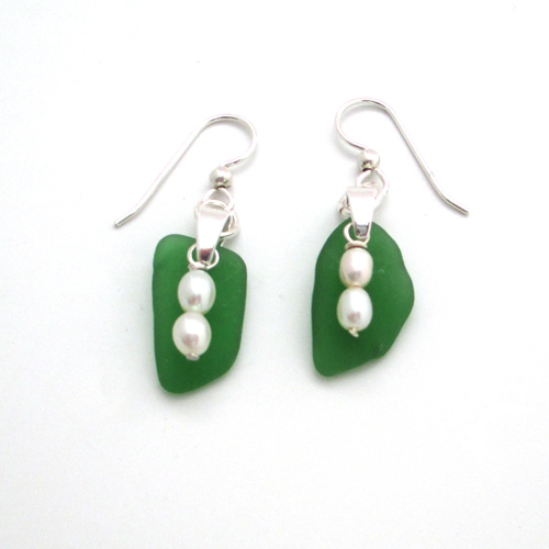 jade green sea glass earrings with fresh water pearls 1