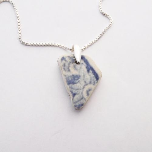 dainty pottery necklace 1