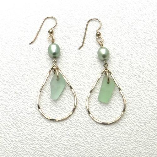 mint green earrings 1