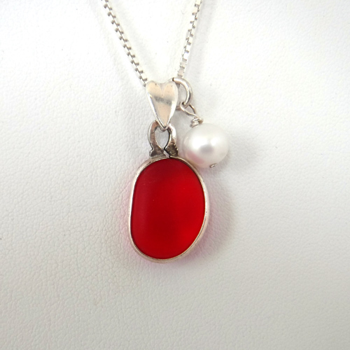red sea glass and pearl necklace 1