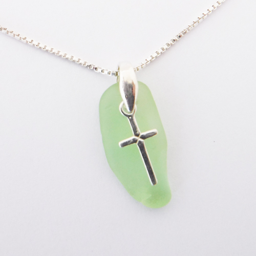 lime green sea glass necklace 1
