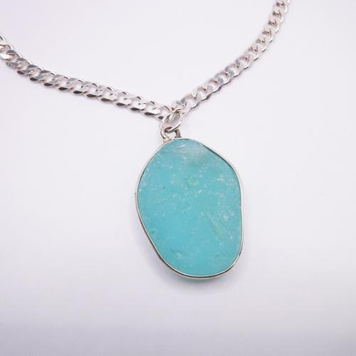 bezeled necklace 1